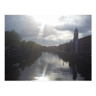 Dublin-Sonnenaufgang-Reflexions-Postkarte Postkarte