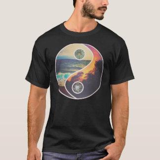 Dunkelheit zum Licht T-Shirt