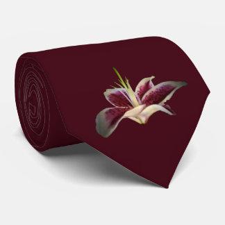 Dunkle Himbeerlilien-Krawatte Individuelle Krawatten