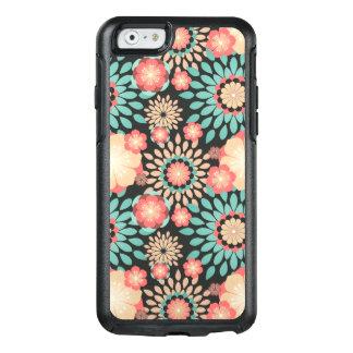 Dynamisches blühendes Blumenmuster auf dunklem OtterBox iPhone 6/6s Hülle