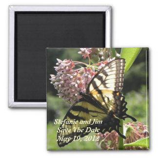 Économies de papillon la date magnet carré