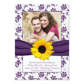 Économies florales blanches pourpres de damassé carton d'invitation  12,7 cm x 17,78 cm