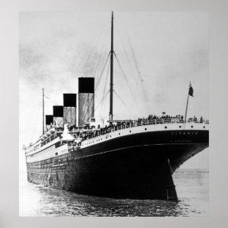 Effektivwert titanisches Auslands Poster