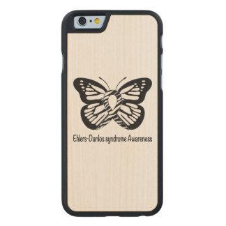 Ehlers-Danlos Syndrom-Schmetterling der Hoffnung Carved® iPhone 6 Hülle Ahorn