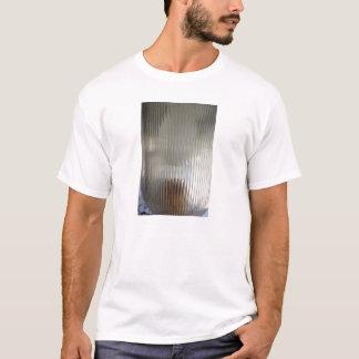 Ei in einem Licht T-Shirt