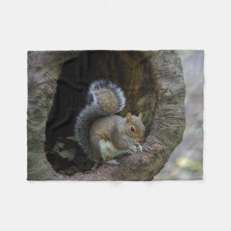 Eichhörnchen-Fleece-Decke Fleecedecke