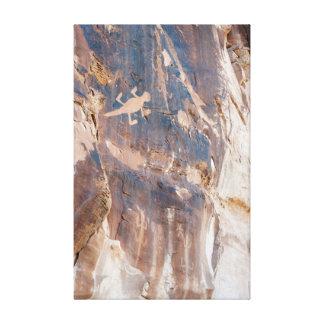 Eidechsen-Petroglyphe-Platte in Leinwanddruck