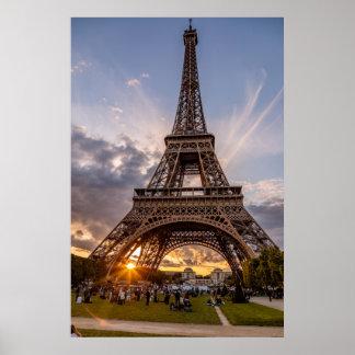 Eiffel-Turm-Sonnenuntergang-Sternexplosion Poster