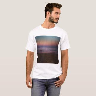 Ein Abend auf einem Strand T-Shirt