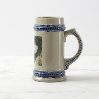 Ein amerikanischer Weißkopfseeadler Stein Bierkrug