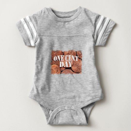 Ein Cent-Tag Baby Strampler