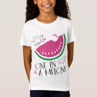 Ein in einem Melone-Wassermelone-T - Shirt