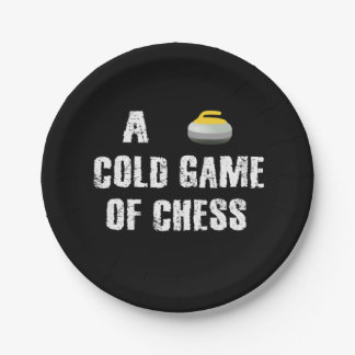 Ein kaltes Spiel des Schach-kräuselnPapptellers Pappteller