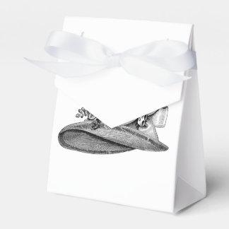 Ein kleines Geschenk in Ihrem Hutkasten Geschenkschachtel