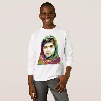 Ein langer die Hülsen-T - Shirt des Mädchen-Jungen
