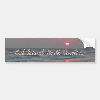 Ein perfekter Sonnenuntergang - Eichen-Insel, NC Autoaufkleber