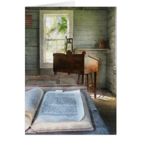 Ein Raum-Schulhaus mit Buch Grußkarte