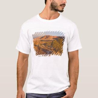 Ein Utah-Wacholderbusch-Juniperus osteosperma) T-Shirt