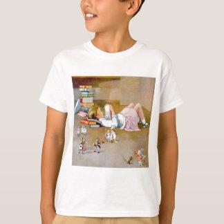 Eine andere Alice nimmt eine Reise nach T-Shirt