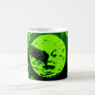 Eine Reise zum Mond (Retro Marsgrün) Kaffeetasse