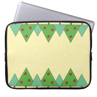 Einfache lebhafte Weihnachtsbäume Laptopschutzhülle