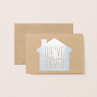 Einfache moderne neue Adresse haben wir silbernes Folienkarte