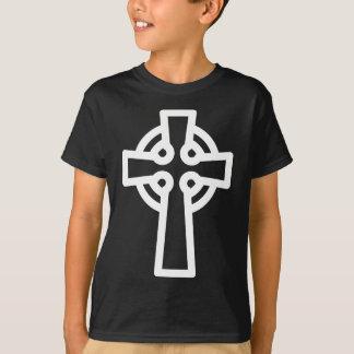 Einfaches keltisches Kreuz im Weiß T-Shirt