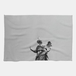 Einfaches, modernes Foto der Seemöwe auf Statue Geschirrtuch