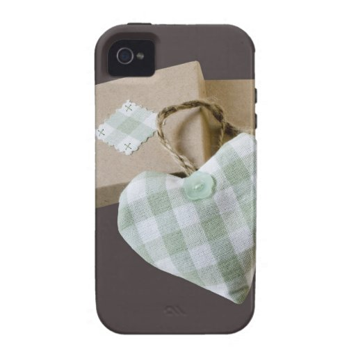 Eingepacktes Herz Save the Date iPhone 4 Cover