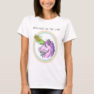 Einhorn auf dem Pfeiler T-Shirt