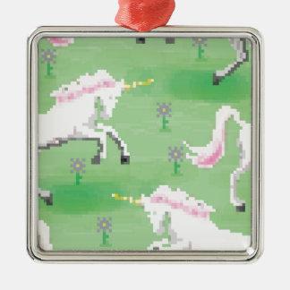 einhörner in den Feldern von pixel Silbernes Ornament