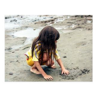 Einzig auf dem Sand Postkarte