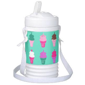 Eiscremekegelwasser cooler getränkekühler