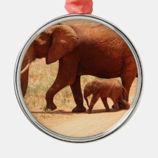 Elefant-Mama und CUB Silbernes Ornament