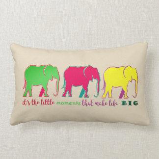 Elefant-NeonSilhouette-bunte Inspiration Lendenkissen