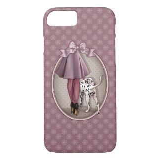 Elegante gehende Frau ihr dalmatinisches Hündchen iPhone 7 Hülle