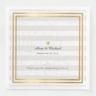 elegante HochzeitsTafelservietten mit blassen Papierserviette