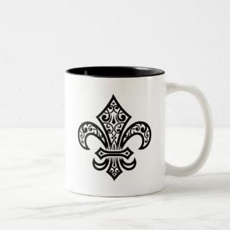 Elegante Lilien-Tasse (Schwarzes) Zweifarbige Tasse