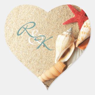 elegante romantische Sand Seashells-Strandhochzeit Herz-Aufkleber