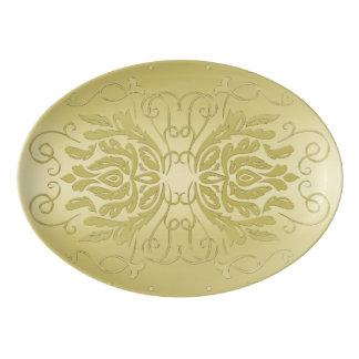 Elegante überlagerte porzellan servierplatte
