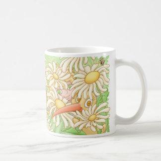 Elfleda und Kiwi in den Gänseblümchen Kaffeetasse