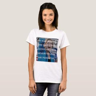 Elizabeth w dennoch bestand sie T - Shirt fort
