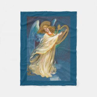 Engel, der Musik auf einer Harfe spielt Fleecedecke