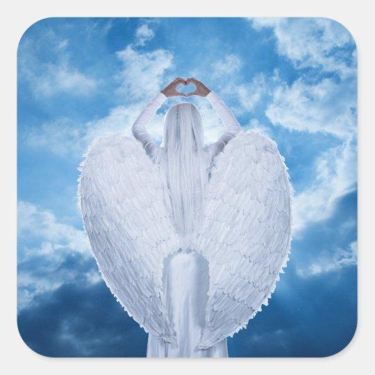 Engel in den Wolken Quadratischer Aufkleber