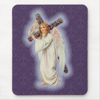 Engel mit einem Kreuz mit einem glühenden Halo Mauspads