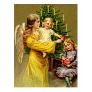 Engel mit Kindern und Baum Postkarte