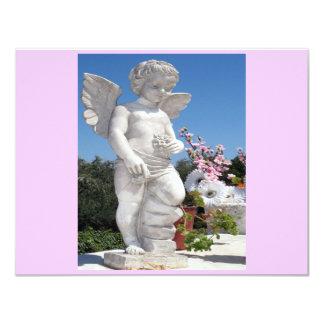 Engels-Statue in rosa und in Grau II Individuelle Ankündigskarten
