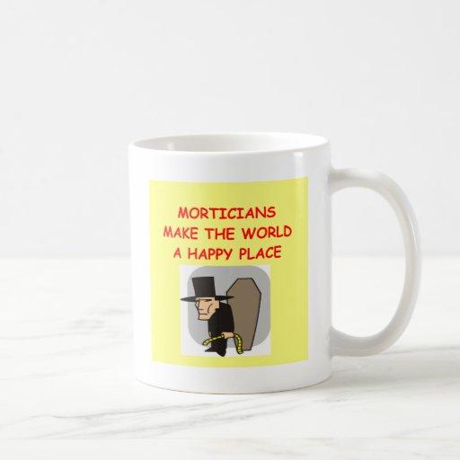 entrepreneur de pompes funèbres tasse à café
