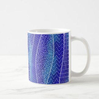 Entspannende blaue Tasse