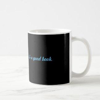 Entspannung: Kaffee u. ein gutes Buch Kaffeetasse